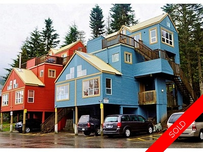 Creekside Townhouse for sale: Gondola Village 1 bedroom 400 sq.ft. (Listed 2015-05-13)